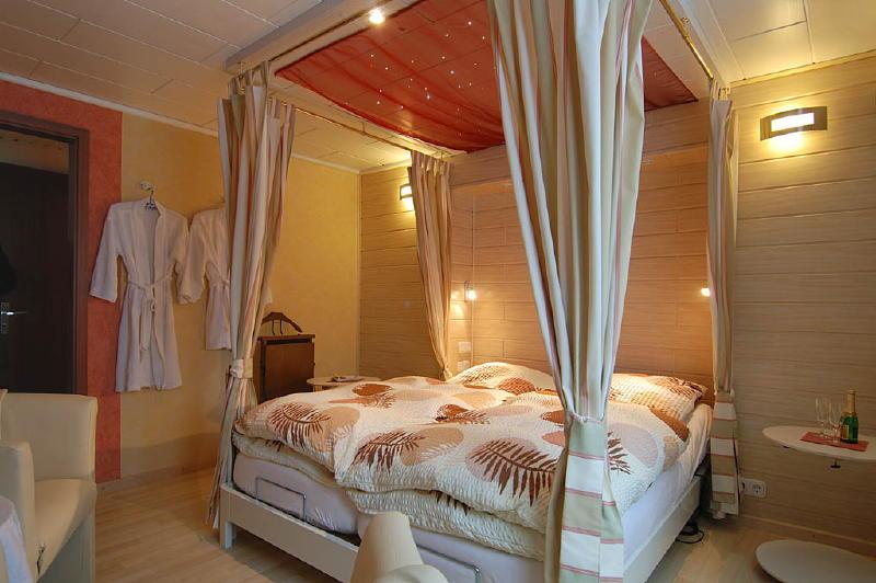 Slaapkamer 2 pers wirtzfeld valley appartement ardennen - Deco romantische ouderlijke kamer ...