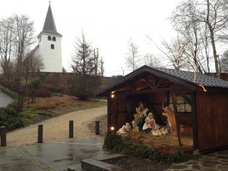 Kerststal bij de St.Anna Kerk, December 2012, Wirtzfeld Valley