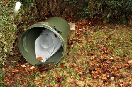 regenton nog half vol met ijs... (zie ook blogbericht van 14 januari 2010)
